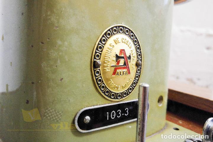 Antigüedades: Máquina de coser Alfamatic 103 - Foto 2 - 140373614