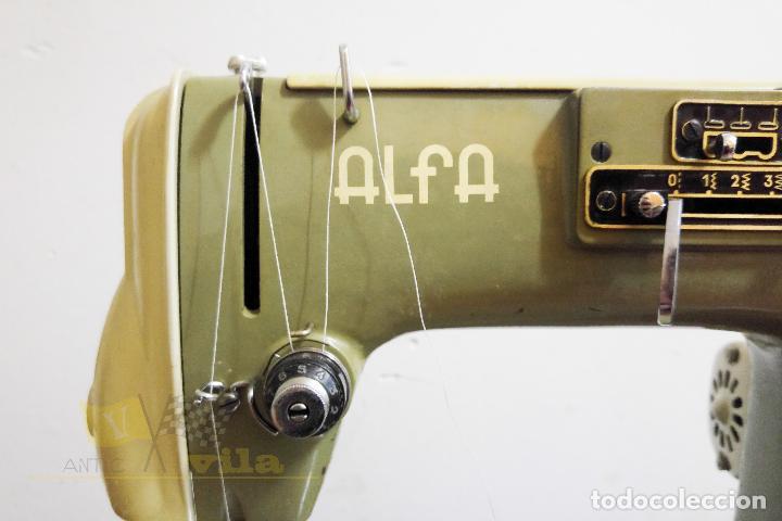 Antigüedades: Máquina de coser Alfamatic 103 - Foto 5 - 140373614