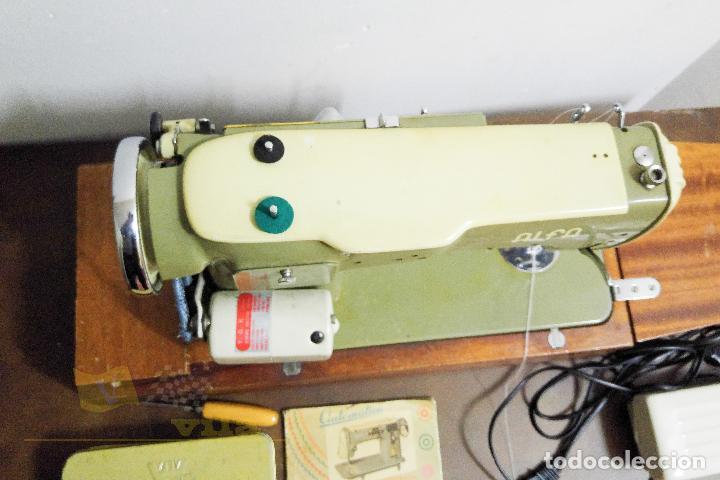 Antigüedades: Máquina de coser Alfamatic 103 - Foto 13 - 140373614