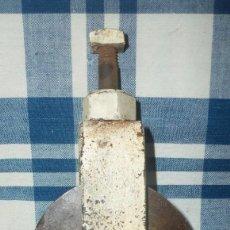 Antigüedades: PEQUEÑA POLEA ANTIGUA. Lote 140401978