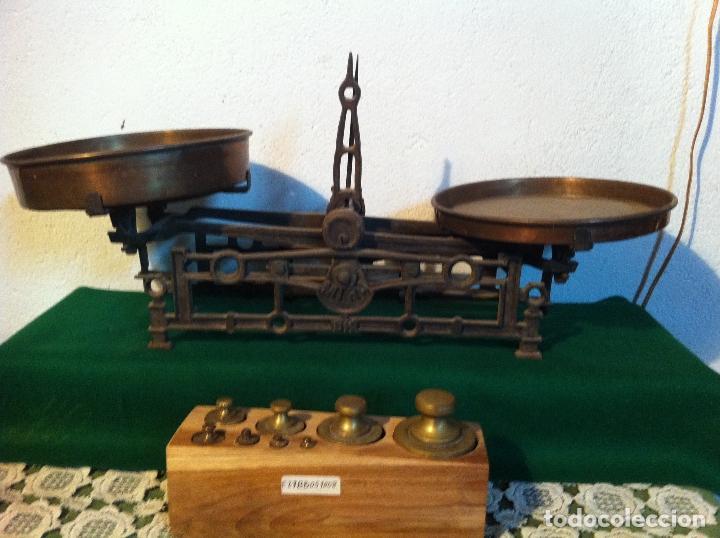 PRECIOSA BALANZA AUSTRIACA CON JUEGO DE 8 PESAS DE BRONCE 100 AÑOS (BA 03+PE27) (Antigüedades - Técnicas - Medidas de Peso - Balanzas Antiguas)
