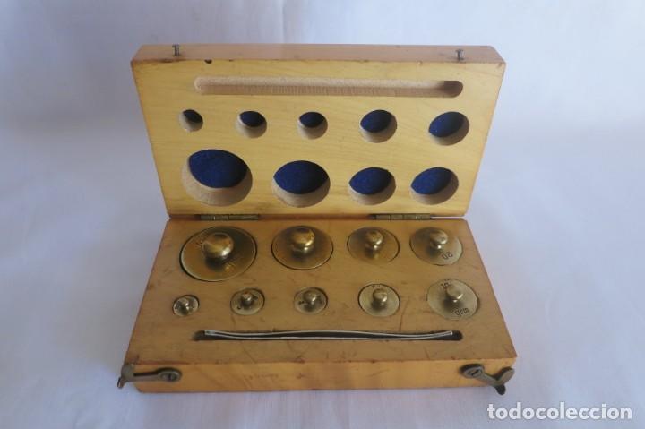 CAJA DE PESAS DE PRECISION DE 100 A 1 GRAMO (Antigüedades - Técnicas - Medidas de Peso - Ponderales Antiguos)