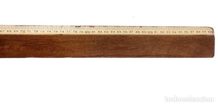 Antigüedades: ANTIGUA REGLA DE COLEGIO DE MADERA NOBLE 100cm. - Foto 3 - 140792850