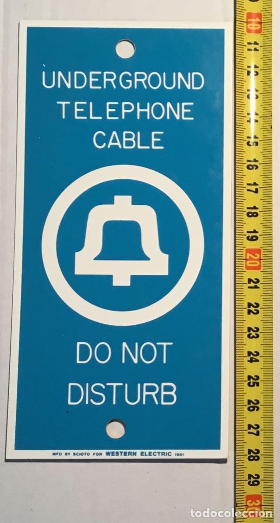 Teléfonos: Antigua placa vintage telefónica Western Electric, señalización trabajos telefónicos subterráneos - Foto 7 - 140838278