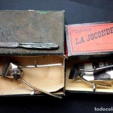 Antigüedades: LOTE DE DOS ANTIGUAS MÁQUINAS PARA CORTAR EL PELO.FRANCIA,CAJA ORIGINAL. Lote 140895630