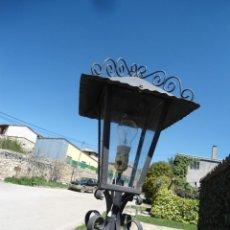 Antigüedades: LAMPARA DE JARDIN. Lote 141128722