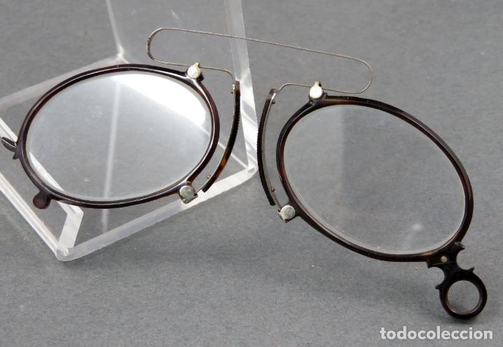 Antigüedades: Gafas quevedos en simil carey y metal blanco hacia 1900 - Foto 2 - 141212542