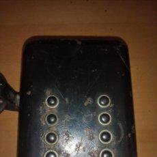 Teléfonos: TELEFONO ANTIGUO PARA RESTAURAR EL INTERIOR ESTA COMPLETO. Lote 141227898