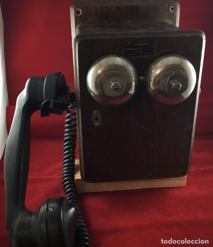 Teléfonos: Teléfono mural de madera y baquelita, con magneto, de Standard Eléctrica para la CTNE - Foto 4 - 133620834