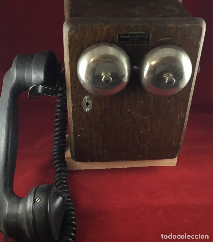 Teléfonos: Teléfono mural de madera y baquelita, con magneto, de Standard Eléctrica para la CTNE - Foto 6 - 133620834