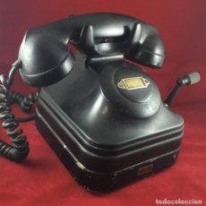 Teléfonos: ANTIGUO TELÉFONO SOBREMESA, BAQUELITA NEGRA, BATERÍA LOCAL, DE STANDARD ELÉCTRICA, PARA LA CTNE. Lote 141296026