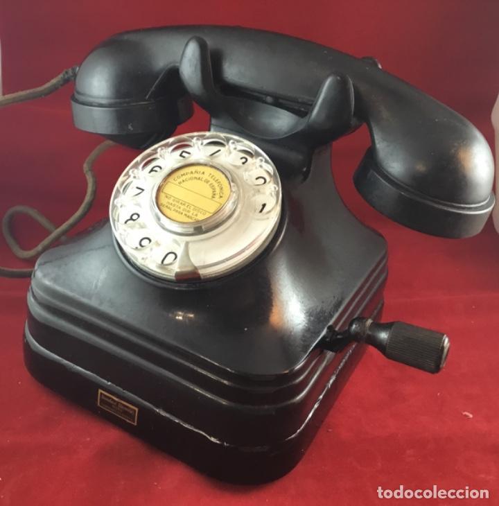 TELÉFONO SOBREMESA BAQUELITA, DE MAGNETO Y DIAL, BATERÍA LOCAL, DE STANDARD ELÉCTRICA, PARA LA CTNE. (Antigüedades - Técnicas - Teléfonos Antiguos)