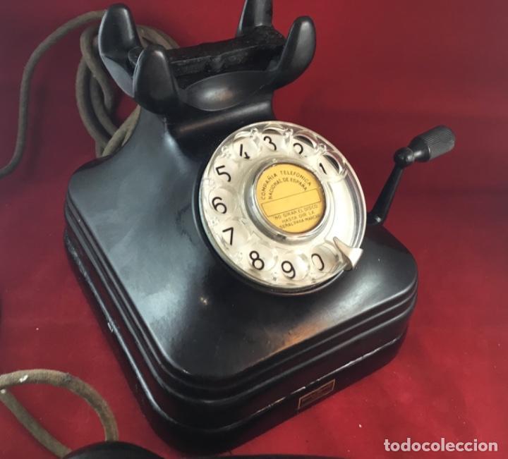 Teléfonos: Teléfono sobremesa baquelita, de magneto y dial, batería local, de Standard Eléctrica, para la CTNE. - Foto 7 - 141304158