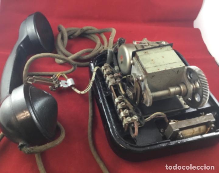 Teléfonos: Teléfono sobremesa baquelita, de magneto, batería local, de Standard Eléctrica, para la CTNE. - Foto 13 - 141304158
