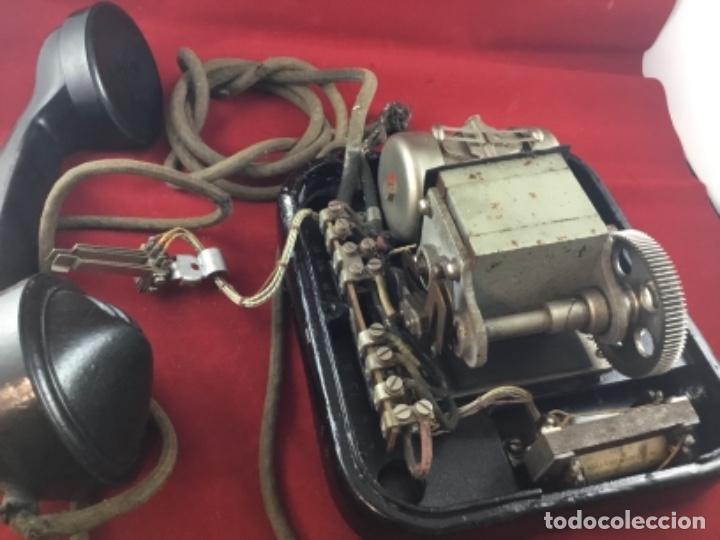 Teléfonos: Teléfono sobremesa baquelita, de magneto, batería local, de Standard Eléctrica, para la CTNE. - Foto 14 - 141304158