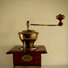 Antigüedades: MOLINILLOS DE CAFÉ ANTIGUO.. Lote 142065158