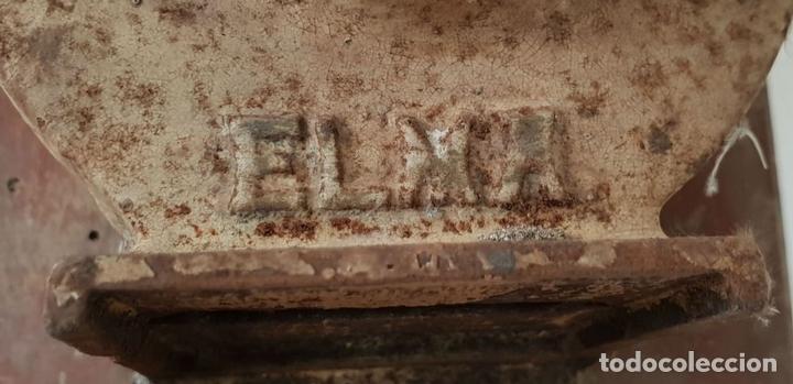 Antigüedades: MOLINILLO DE CAFE DE MURAL. MARCA ELMA. METAL. BASE DE MADERA. CIRCA 1950. - Foto 10 - 142152814