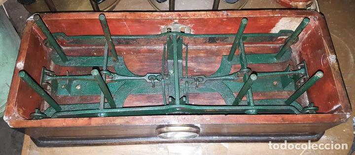Antigüedades: BALANZA DE FARMACIA MARMOL Y MADERA S.XIX, ENVIO GRATIS A LA PENÍNSULA Y BALEARES - Foto 7 - 142580866