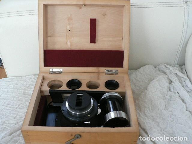 MICROSCOPIO, CÁMARA VINTAGE ZEISS PARA MICROSCOPIO, CON ADAPTADOR C. 1950 (Antigüedades - Técnicas - Instrumentos Ópticos - Microscopios Antiguos)