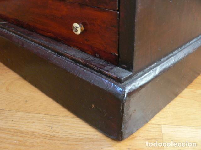Antigüedades: MICROSCOPIO, CABINET PARA PREPARACIONES MICROSCÓPICAS c. 1880 - Foto 29 - 142601034