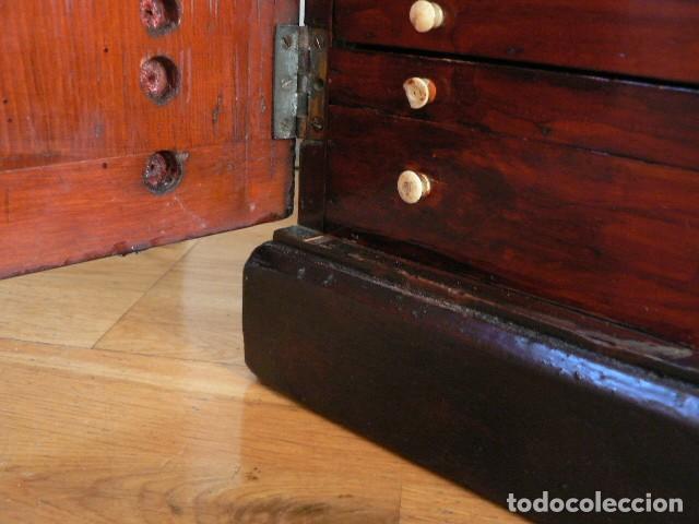 Antigüedades: MICROSCOPIO, CABINET PARA PREPARACIONES MICROSCÓPICAS c. 1880 - Foto 30 - 142601034