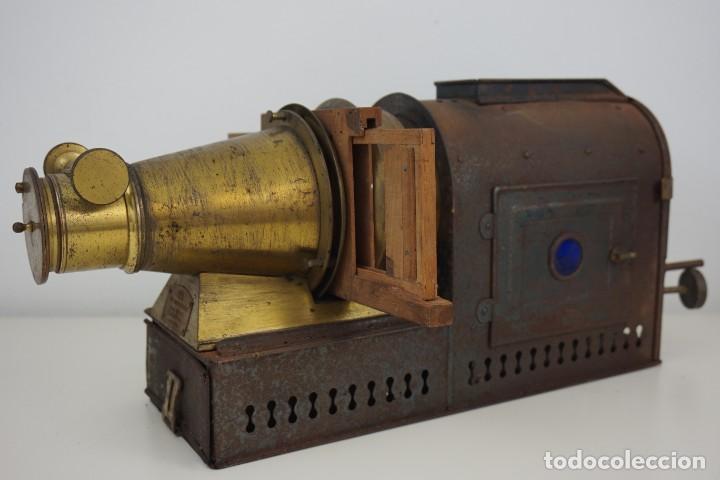 Antigüedades: ANTiGUA LINTERNA MÁGICA firmada E.G WOOD 'THE EUPHANERON' c. 1861-1898 - Foto 3 - 142602970