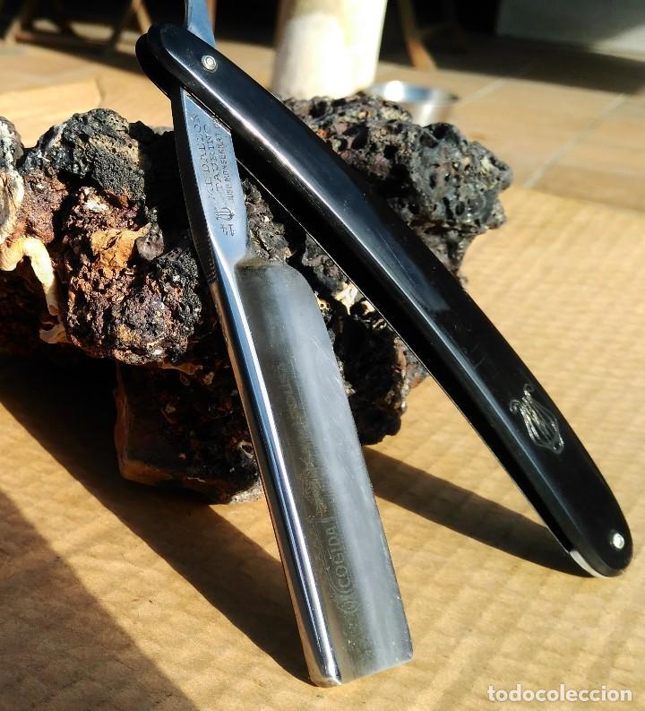 Antigüedades: Navaja afeitar o barbero MEDALLON TAURINO (COGIDA) FILARMONICA con caja ORIGINAL y Hoja 24mm - Foto 2 - 110815443