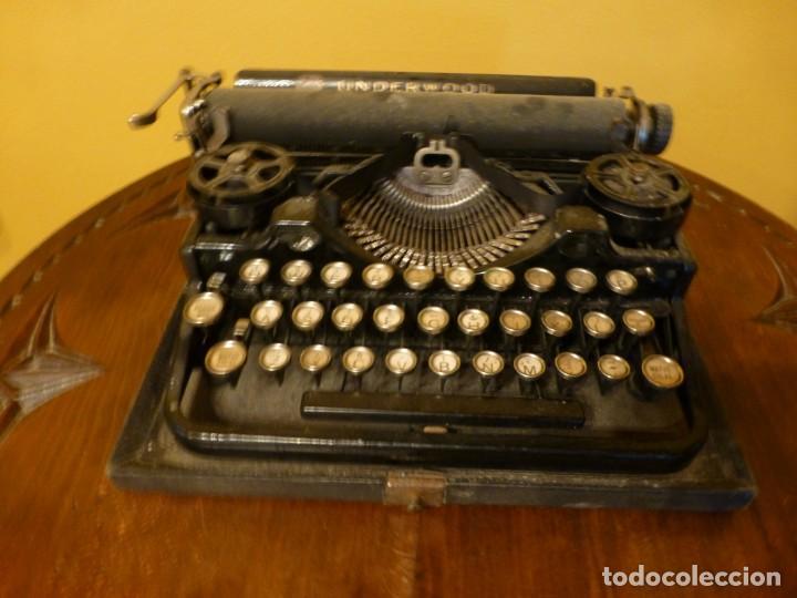 Antigüedades: Máquina de escribir portatil antigua Underwood completa. 1915 - Foto 2 - 142664314