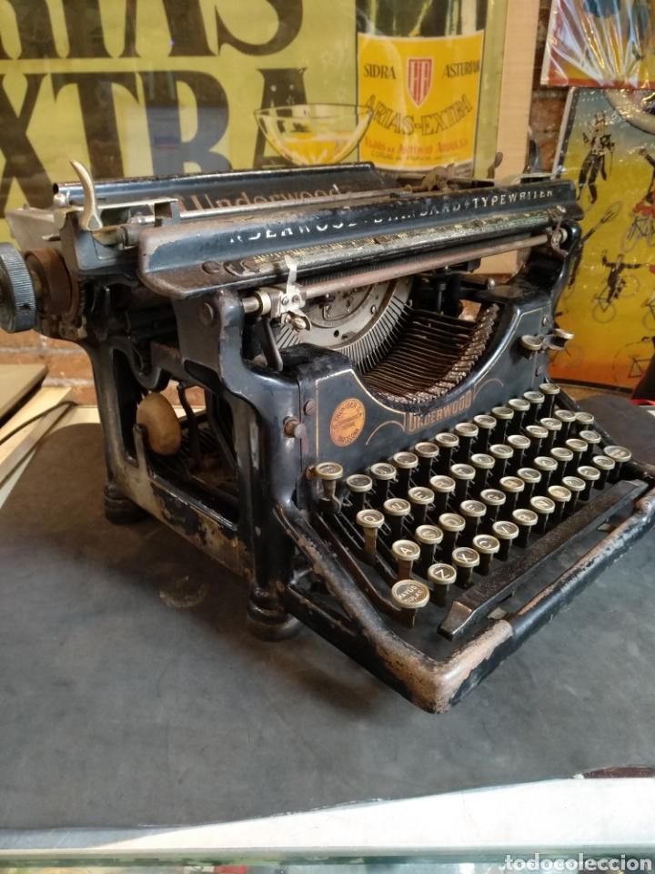 Antigüedades: Maquina de escribir Underwood. Funciona - Foto 2 - 142673692