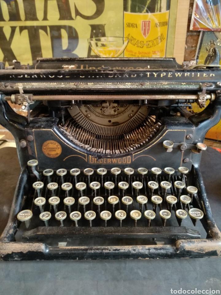 Antigüedades: Maquina de escribir Underwood. Funciona - Foto 6 - 142673692