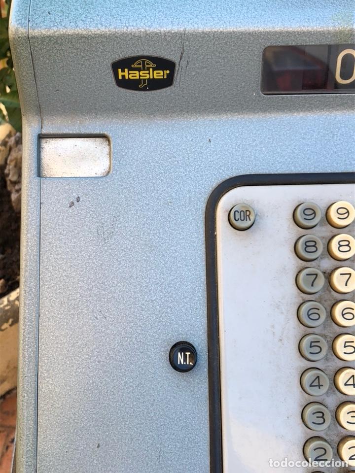 Antigüedades: Caja registradora marca hasler con su soporte incluido - Foto 3 - 142680729
