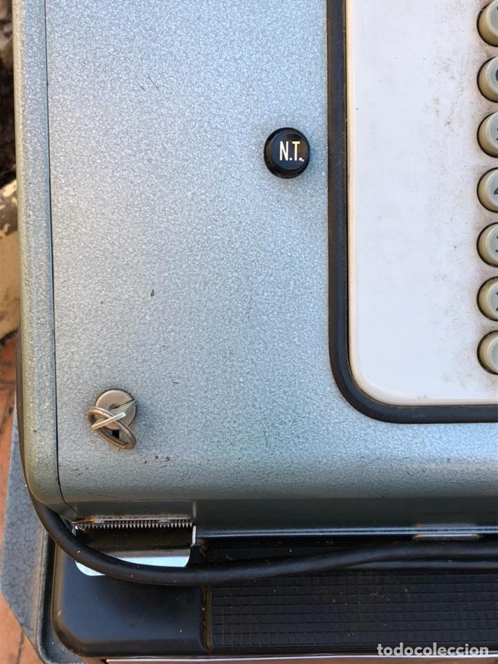Antigüedades: Caja registradora marca hasler con su soporte incluido - Foto 4 - 142680729
