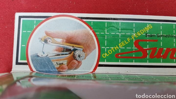 Antigüedades: Mini maquina de coser de bolsillo. Sin uso - Foto 6 - 142711081