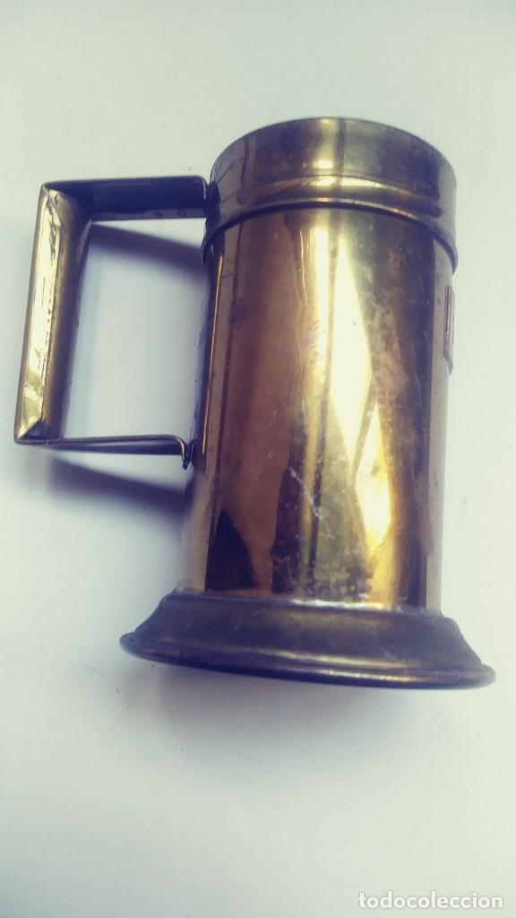 Antigüedades: medidor de liquidos de laton o cobre 1/8 - Foto 2 - 142750194