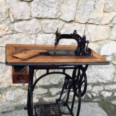 Antigüedades: MÁQUINA DE COSER WHEELER & WILSON Nº 8. Lote 142768098