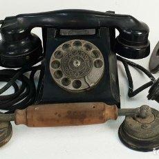 Teléfonos: TELÉFONO ERICSSON. MODELO DBH1001. BAQUELITA Y DOS AURICULARES. CIRCA 1930. . Lote 143123070