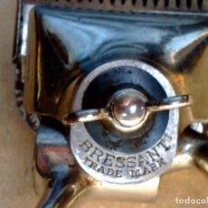 Antigüedades: ANTIGUA MAQUINILLA DE CORTAR EL PELO Nº1,BRESSANT DE BROWN&SHARPE,MADE IN USA (DESCRIPCIÓN). Lote 143166598
