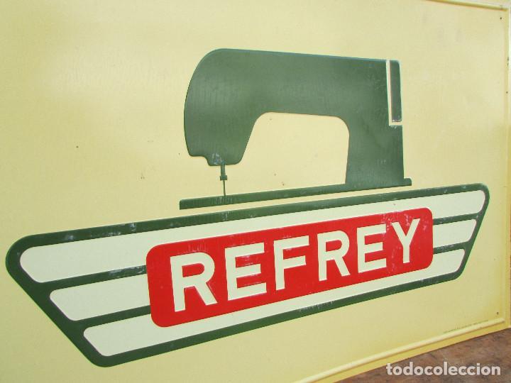 Antigüedades: Cartel de pared años 50 Metal Máquinas de coser REFREY - Foto 2 - 143251562