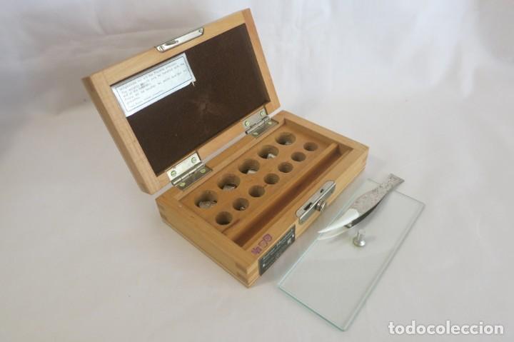 Antigüedades: caja de pesas en miligramos - Foto 3 - 143276178