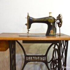 Antigüedades: MAQUINA DE COSER SINGER ANTIGUA MESA HIERRO COSTURA. Lote 143421314