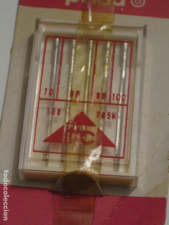 Antigüedades: Paquete con 5 agujas para maquina de coser.Sin uso. - Foto 2 - 143474794