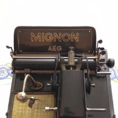 Antigüedades: MÁQUINA DE ESCRIBIR MIGNON 4 DE 1925. Lote 143501042