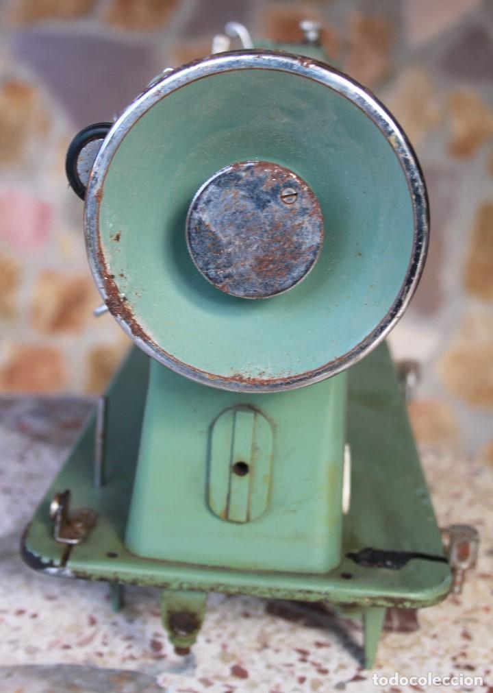 Antigüedades: Máquina de coser ALFA 60, años 60 - Foto 2 - 143706406