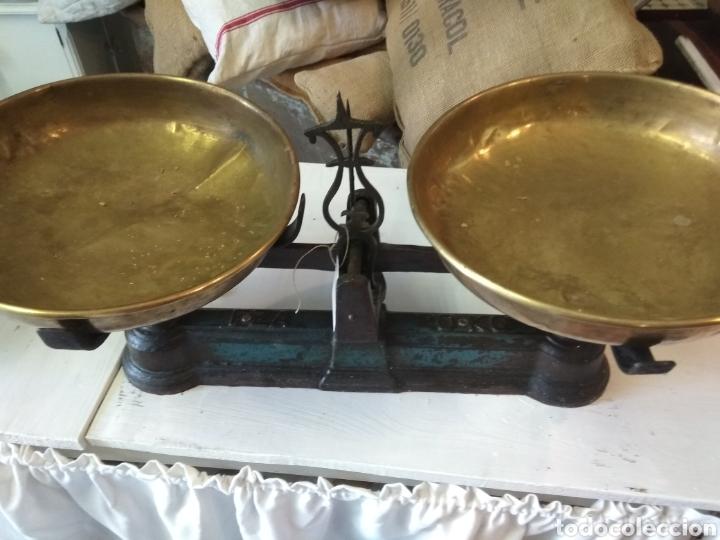 BALANZA / BASCULA 20 KG DOS PLATOS (Antigüedades - Técnicas - Medidas de Peso - Balanzas Antiguas)