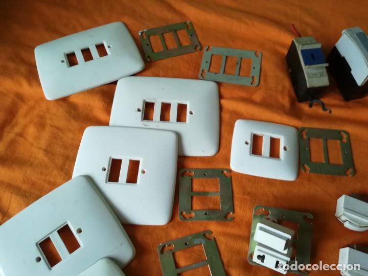Antigüedades: Antiguo material electrico BJC. Años 60. - Foto 2 - 143892834