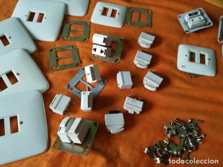 Antigüedades: Antiguo material electrico BJC. Años 60. - Foto 3 - 143892834