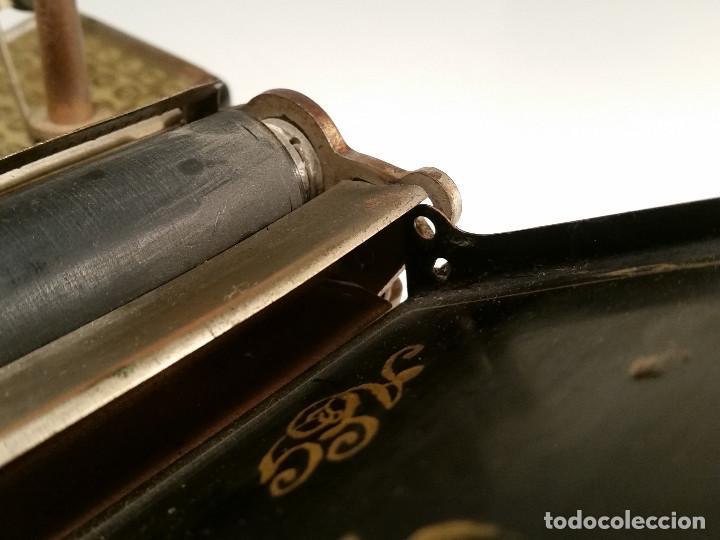 Antigüedades: maquina de escribir AEG Mignon No.2, año 1.910, funciona, ver video - Foto 15 - 143896818