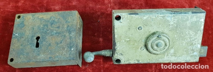 Antigüedades: COLECCIÓN DE CERRADURAS, TIRADORES DE PUERTA Y ACCESORIOS. METAL. SIGLO XIX-XX. - Foto 19 - 143990346