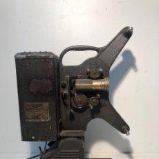 Antigüedades: PROYECTOR DE CINE 16MM KEYSTONE MOVIEGRAPH MODEL D-752 USA.. Lote 144003870