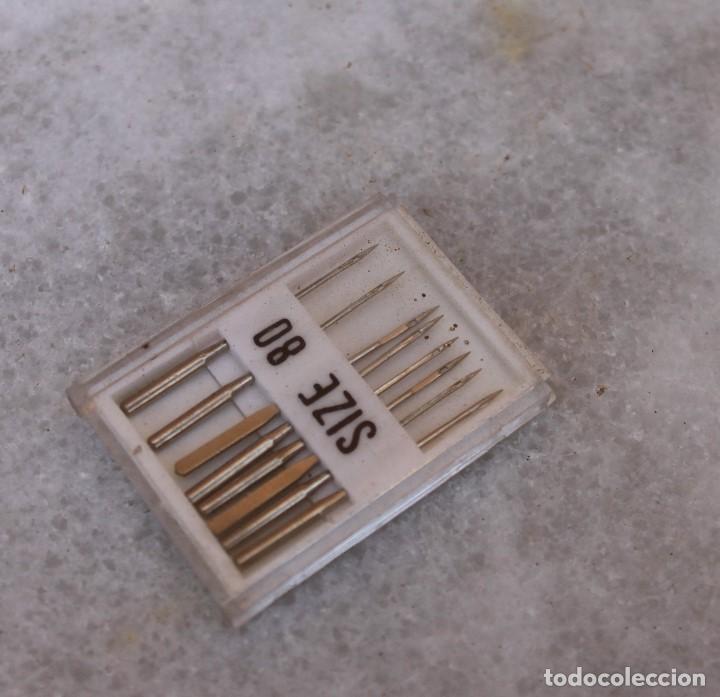 8 AGUJAS PARA LA MÁQUINA DE COSER ALFA, AÑOS 60 (Antigüedades - Técnicas - Máquinas de Coser Antiguas - Alfa)